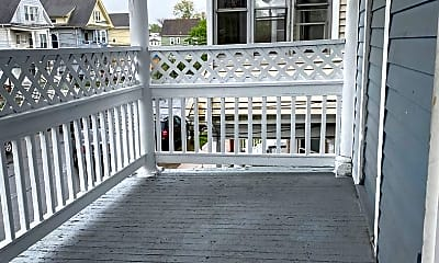 Patio / Deck, 138 Atwater St, 2