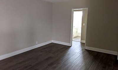 Living Room, 1037 E 4th St, 1