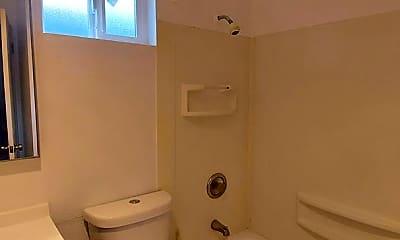 Bathroom, 12445 Ambaum Blvd SW, 2