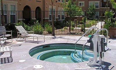 Pool, 5576 Tares Cir, 2