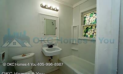 Bathroom, 3413 NW 20th St, 2
