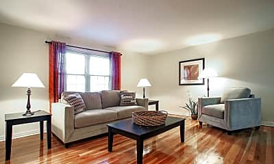 Living Room, Gardens at Maplewood, 0