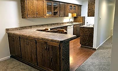 Kitchen, 1050 Eve Dr, 1