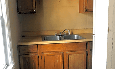 Kitchen, 1510 SE Riverside Dr, 2