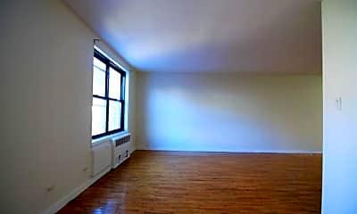 Living Room, 41-25 Case St, 1