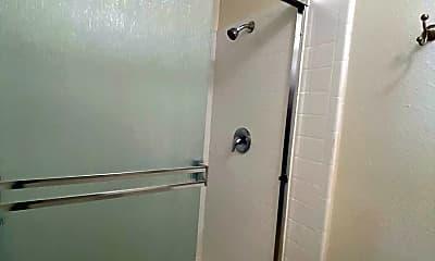 Bathroom, 309 15th St, 2