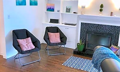 Living Room, 1007 Lombard St, 1