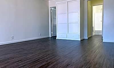 Living Room, 1249 N Edgemont St, 0