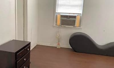 Bedroom, 3016 Blodgett St, 1