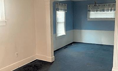 Living Room, 755 King St, 1