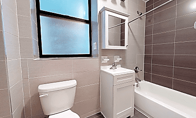 Bathroom, 143 W 113th St, 2