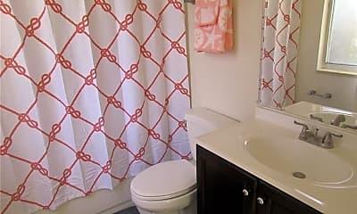 Bathroom, 5380 16th Pl SW, 2