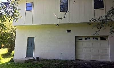 Building, 823 E Tuscaloosa St, 1