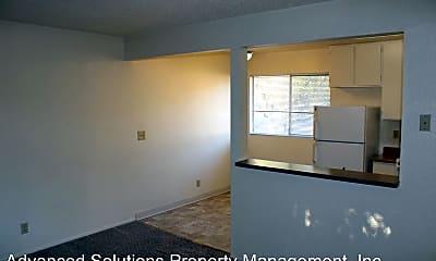 Living Room, 3503 Churn Creek Rd, 1