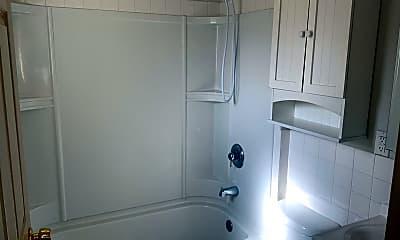 Bathroom, 6810 E 2nd Ave, 2