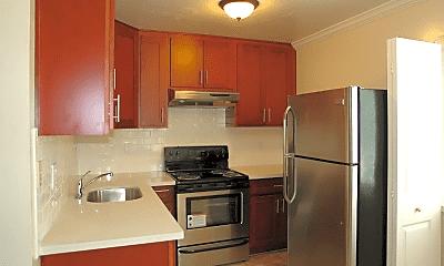 Kitchen, 3025 Pleitner Ave, 1