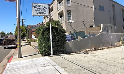 Wilshire Arms-Closed, 1