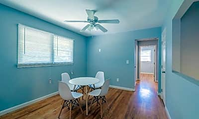 Dining Room, Room for Rent -  a 4 minute walk to bus 51, 0