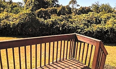 Patio / Deck, 206 Wolcott St, 2