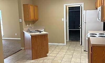 Kitchen, 991 Sierra Vista Ct, 1