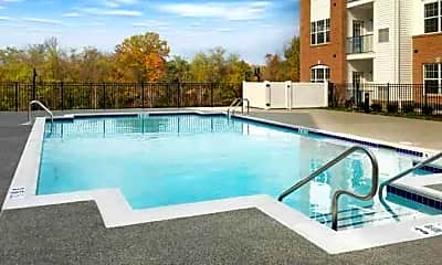 Pool, Rivergate, 1