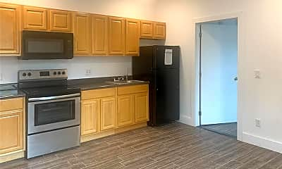 Kitchen, 92 Glenwood Ave 4, 0