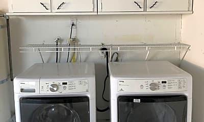 Kitchen, 304 W 4th St, 2