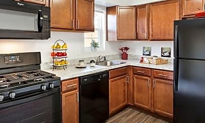 Kitchen, Fox Pointe Apartments, 0