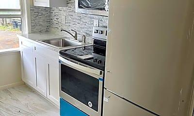Kitchen, 1157 Drew St, 1