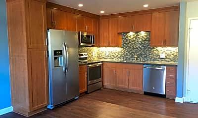 Kitchen, 3880 Shasta St, 1