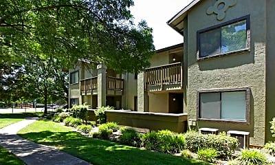 Building, Morningside Creek Apartments, 1