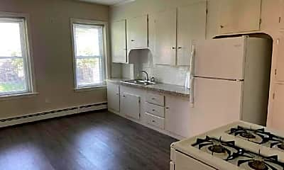 Kitchen, 7 Brayton Ct, 2