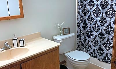 Bathroom, 2833 19th Avenue S., 2