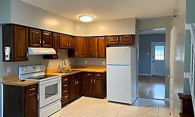 Kitchen, 99 Summit St, 2