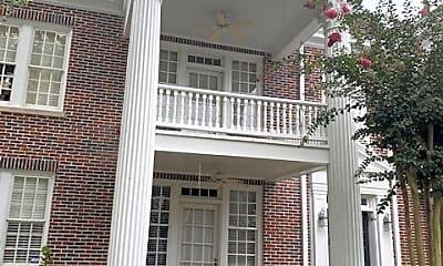 Building, 2549 Walton Way, 2