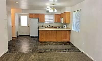 Kitchen, 790 2720 E St, 1