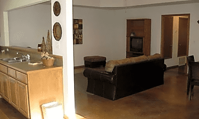 Living Room, 1907 E Lone Wolf Ave, 1
