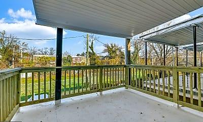 Patio / Deck, 646 Dumbarton Ave, 2