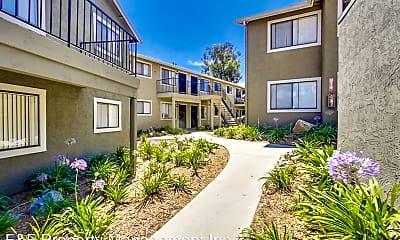 Building, 475 S Meadowbrook Dr, 1