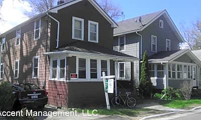 Building, 142 Rodney Ct, 1