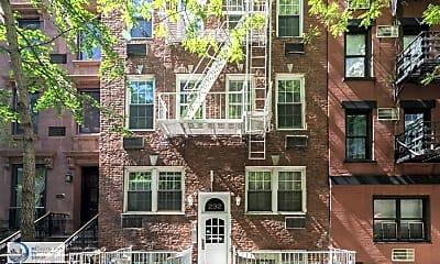 Building, 232 E 74th St, 2