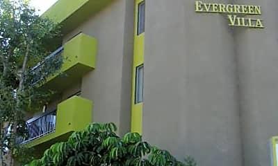 Evergreen Villas, 2