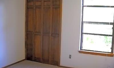Bedroom, 3057 Fulton Cir, 2