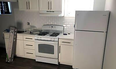 Kitchen, 320 Rochelle Ave 7, 1