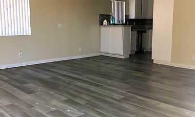 Living Room, 12627 Eucalyptus Ave, 2