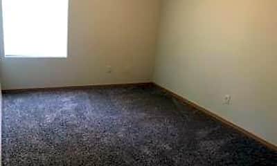 Living Room, 439 N Meridian Ave, 2