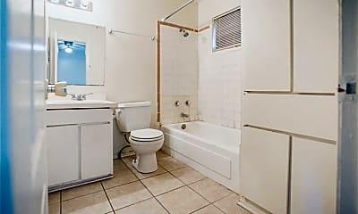 Bathroom, 1239 N LBJ Dr D, 2