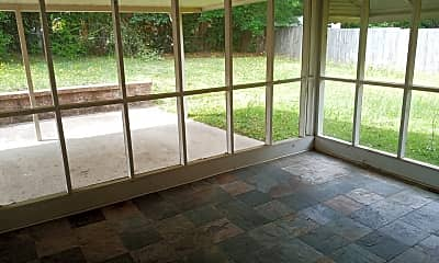 Patio / Deck, 3824 Weems Rd, 2