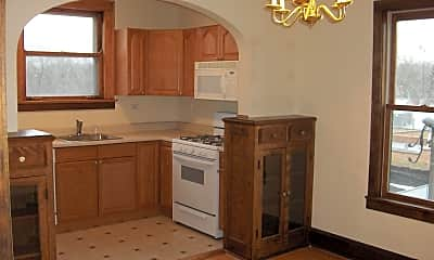 Kitchen, 907 Green Bay Rd, 1