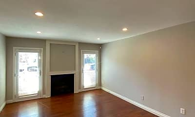 Living Room, 309 15th St, 1